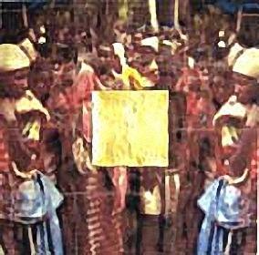 Afrika/um1998/Transferprint auf Leinwand/Wachs u. Schlagmetall/80x80x10cm | Klaus Fabricius | Artist Künstler | Information