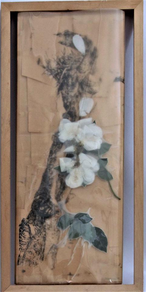 Kreuzigung/1991.2017/Collage/Fotokopien Rose Folie auf Holz64x41x10cm | Klaus Fabricius | Artist Künstler | Information
