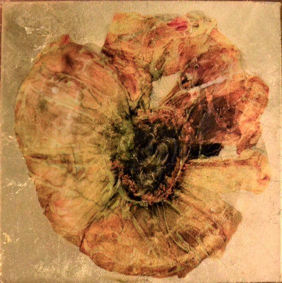 Portrait Blüten/Kleine Sonne/2017/Collage auf Schlagmetall | Klaus Fabricius | Artist Künstler | Information