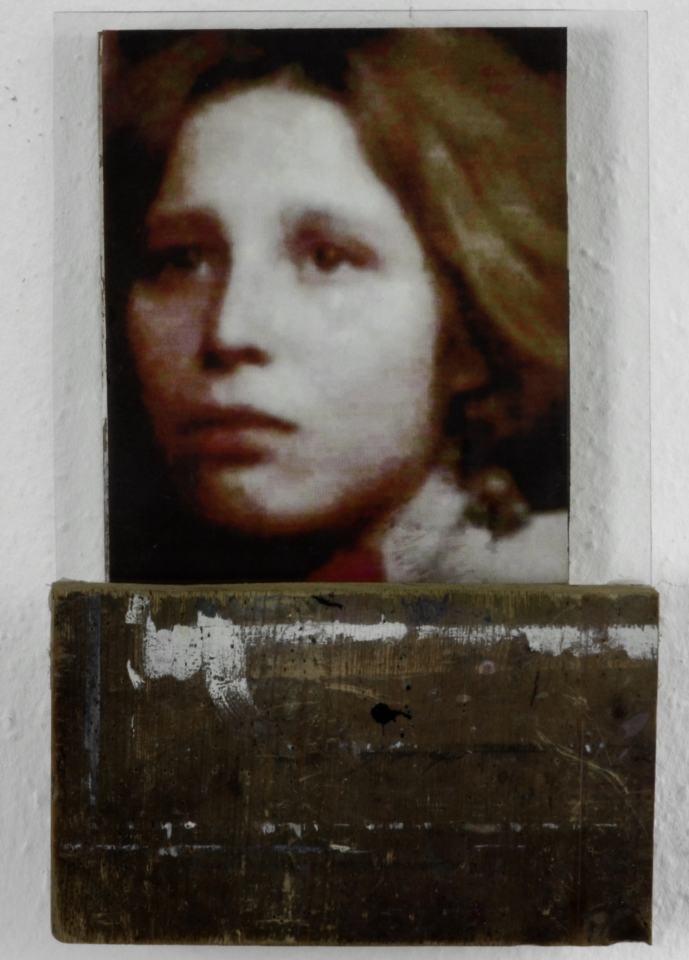 Portraitserie Frauen/Angel II/1998/28x20x6cm | Klaus Fabricius | Artist Künstler | Information