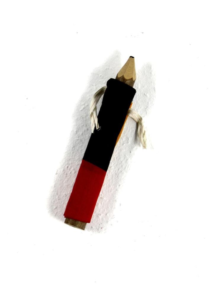 Relikt/1998/Schreibstift/Flagge/30x6cm | Klaus Fabricius | Artist Künstler | Information